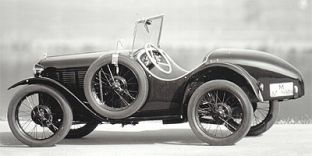 Es wurden insgesamt lediglich 150 Stück, dieses heute noch immer sehr begehrten Typs, gebaut. Seine Erfolge beruhten auf einer Leistungssteigerung u. a. durch erhöhte Verdichtung und drastischer Gewichtsreduzierung auf 400 kg.