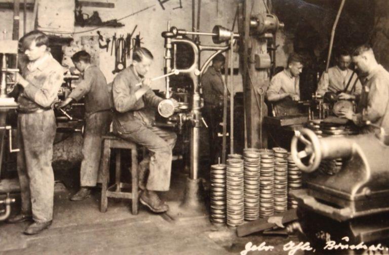 Ihle Werkstatt in den 30er-Jahre